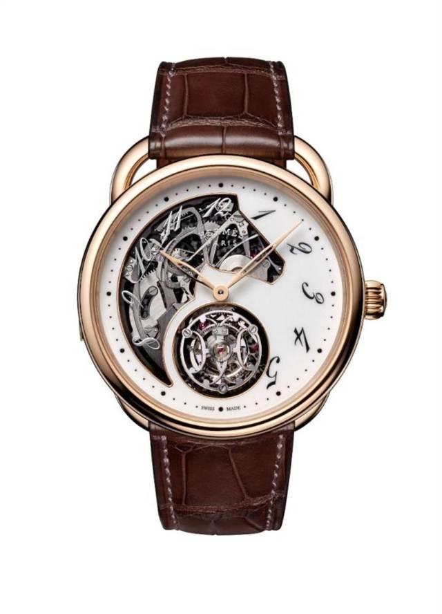愛馬仕Arceau三問陀飛輪腕表,約800萬元起。(HERMES提供)