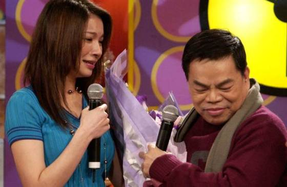 五年后,李静和蔡在节目中和好。  (照片/本系列报纸的照片)