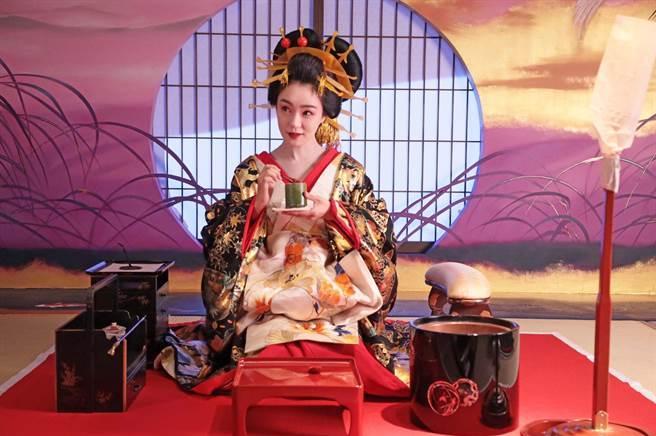 奈緒在《澪之料理帖》飾演絕代名妓,十分搶眼。(希望行銷提供)
