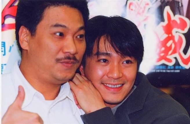 吳孟達與周星馳合拍電影《賭俠》。(圖/九牛娛樂資料照片 吳朝奎攝)