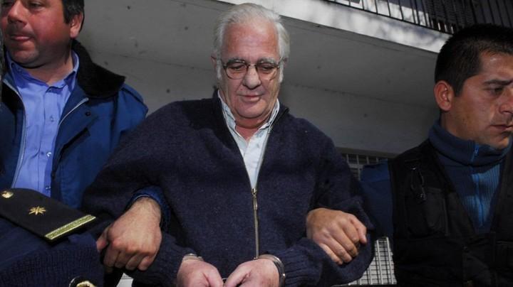 Carlos Carrascosa, fue condenado a prisión perpetua por el crimen de su esposa, María Marta García Belsunce y luego absuelto.