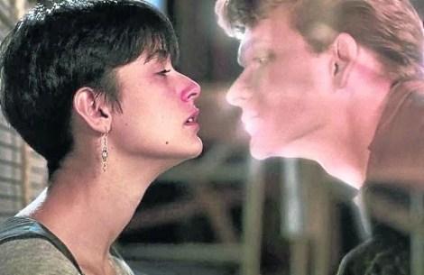 Ghost. Demi Moore y Patrick Swayze en un filme sobre el amor que trasciende la muerte. Ganadora de dos Oscar.