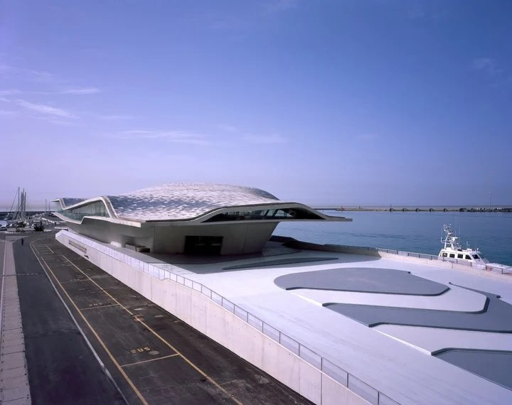 Posthumous Zaha. Salerno's maritime Terminal, Italy. One of the works that completed the study Zaha Hadid architects after the death of his mentor.