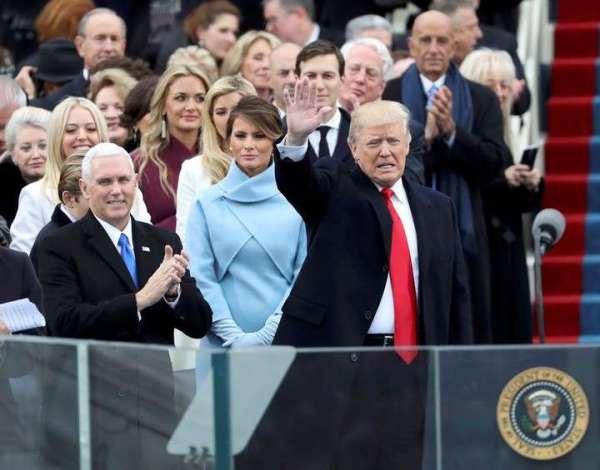"""Donald Trump juró y advirtió: """"Se terminó la era de los charlatanes, es la hora de la acción"""""""