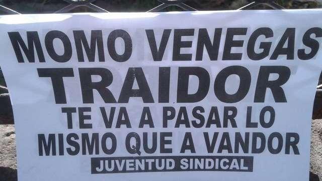 Acto de la CGT: aparecieron carteles con amenazas al Momo Venegas