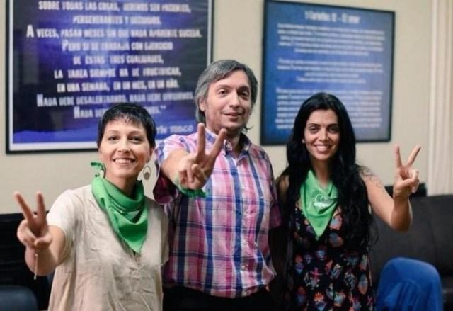 Máximo Kirchner, con Mayra Mendoza y Luana Volnovich