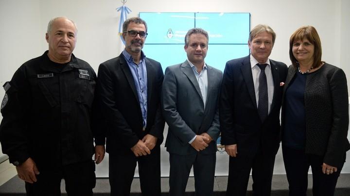 Los funcionarios que asistieron al acuerdo de cooperación Argentina-Rusia.