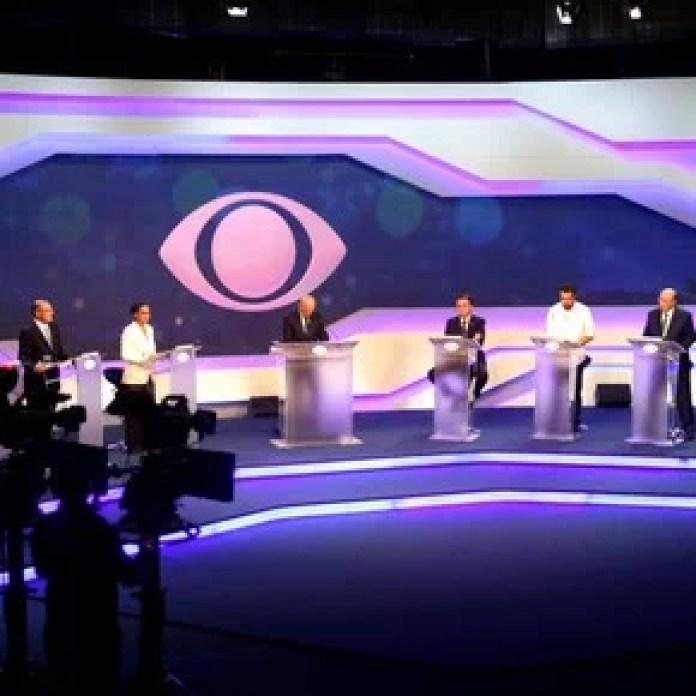 Con gran incertidumbre, la campaña electoral en Brasil se muda a la televisión