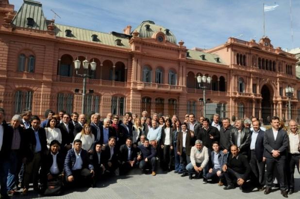 El miércoles intendentes bonaerenses pidieron una reunión con el presidente para reclamarle por el Fondo Sojero (Diego Díaz)