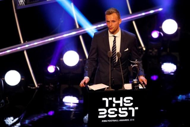 El holandés Lennart Thy se llevó el premio al Fair Play. (Reuter)