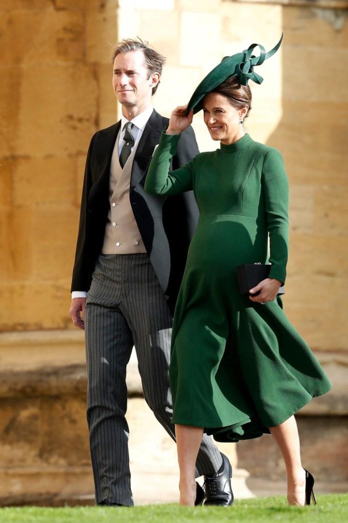 Pippa Middleton, hermana de Kate, llega a la iglesia (Reuters)