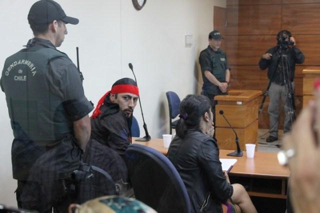 Facundo Jones Huala, en el Tribunal de Juicio Oral en lo Penal de Valdivia, cuando fue condenado. Foto: Óscar Riquelme