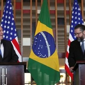 """Mike Pompeo con el canciller de Brasil, Ernesto Araújo: """"Actuaremos contra los gobiernos bolivarianos"""""""