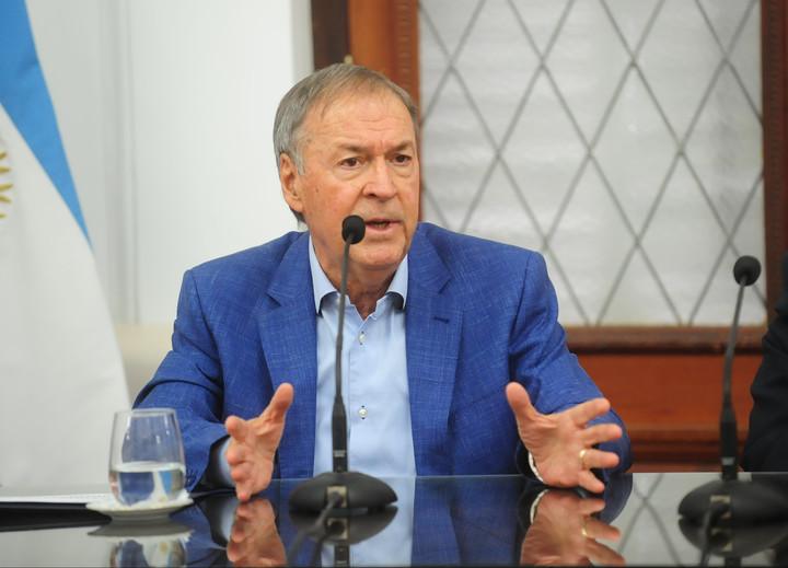 Juan Schiaretti, recontra-adelantó las elecciones en Córdoba: de junio a mayo.