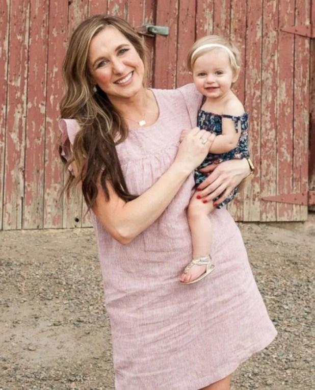 Insólito descubrimiento de una mamá soltera sobre sus dos hijos adoptados