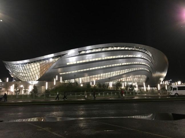 Centro de Congresos. Con capacidad para 3 mil espectadores.