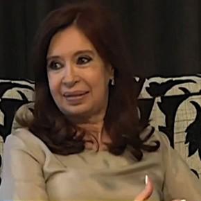 A punto de volver de Cuba, Cristina Kirchner mostró la historia clínica de su hija
