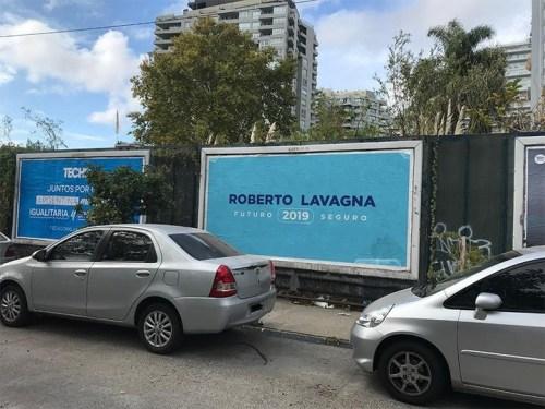 Afiches de Lavagna aparecieron en la zona norte y sur del Conurbano bonaerense.