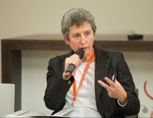 """Elena Hernández Gómez. Directora del Departamento de """"Español al día"""" de la RAE. / Fundeu"""