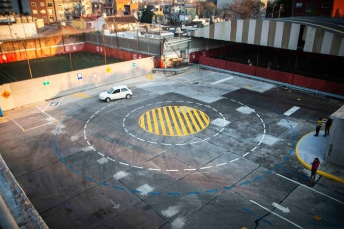 La pista de manejo, en un sector de la terminal de ómnibus.