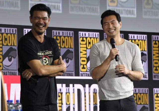 """Destin Daniel Cretton y Simu Liu anticipan """"Shang-Chi y la leyenda de los diez anillos"""" en la Comic-Con de San Diego 2019."""