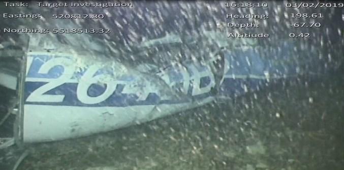 Una imagen del avión en el fondo del Canal de la Mancha, tomada por los rescatistas.