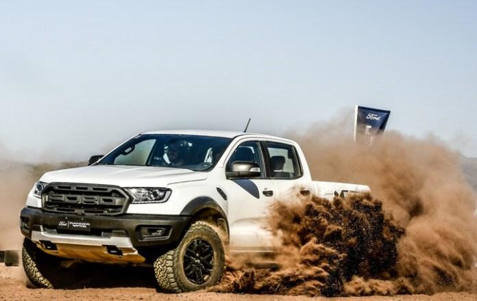 Ford Ranger Raptor. Su conjunto mecánico permite encarar cualquier camino con decisión y energía.