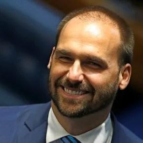 El presidente de la Cámara de Diputados de Brasil enfrenta al hijo de Bolsonaro por Alberto