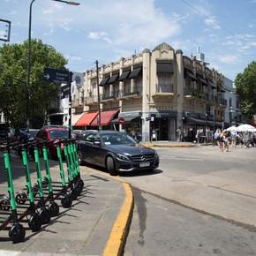 En las calles de San Isidro ya se pueden alquilar monopatines eléctricos: cuestan $ 8 el minuto