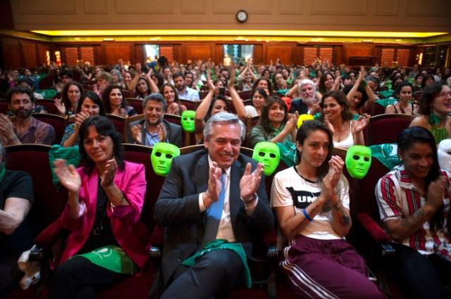 """Fernández había comprometido su asistencia y cumplió: """"Avalo lo que se dijo"""", expresó.  Foto Rolando Andrade Stracuzzi."""