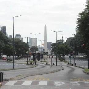 Coronavirus en Argentina: con promociones, delivery y otras estrategias, las librerías enfrentan la crisis