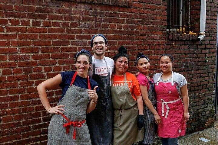 Daniela Moreira, la cordobesa dueña del local de bagels en Washington donde Joe Biden compró su almuerzo este domingo.