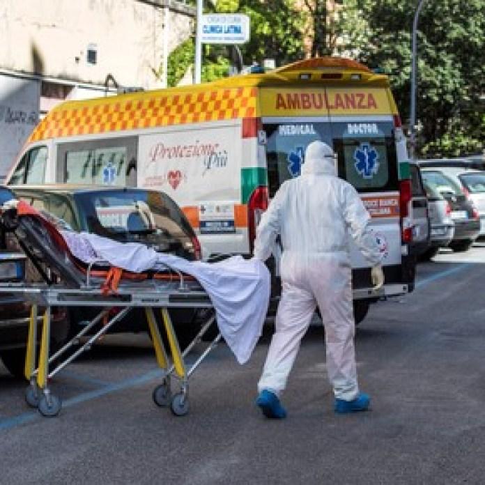 Buena noticia en Italia: salvan la vida a un chico con leucemia y coronavirus