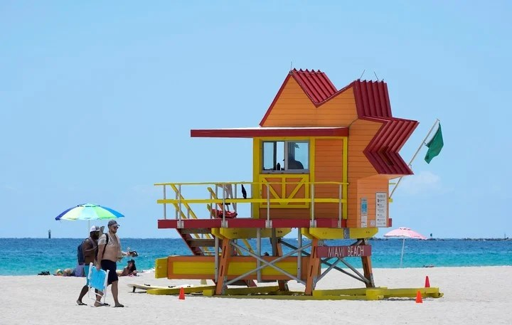 Miami Beach, one of the destinations affected by the new restrictions.  Photo AP Photo / Wilfredo Lee