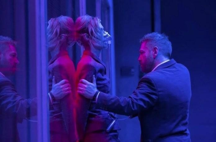 """Elizabeth Debicki y Kenneth Branagh forman parte del elenco de """"Tenet"""", que finalmente tiene fecha de estreno en cines. /Foto CULTURA WARNER"""