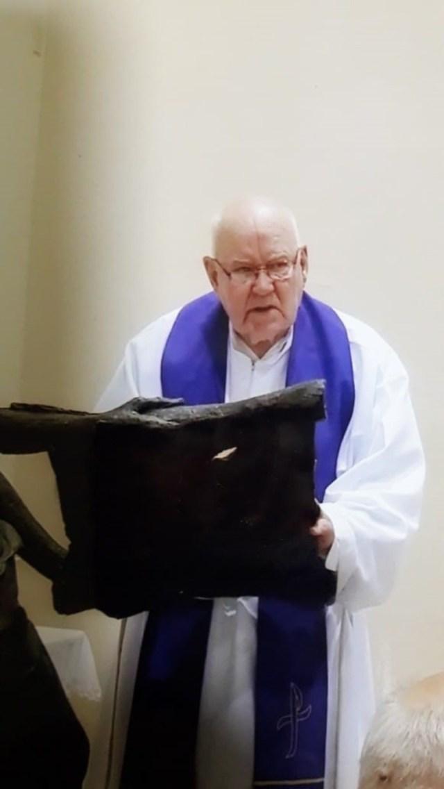 El sacerdote José Francisco Decuyper, denuniciado por abuso por su sobrino Sergio.