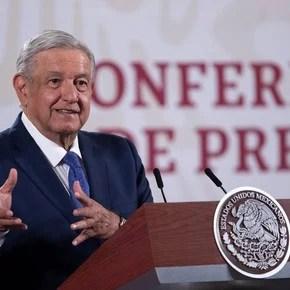 AMLO: vinculan al presidente de México con la muerte de un senador por Covid-19