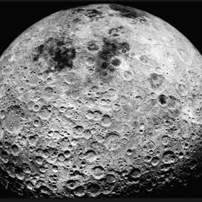 """The news that shocked the world: """"the moon is inhabited by human beings"""""""
