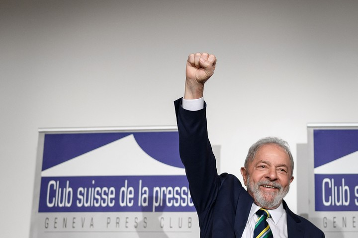 The former president of Brazil, Luiz Inácio Lula da Silva, appears as a favorite in the polls for the 2022 elections. Photo: AFP