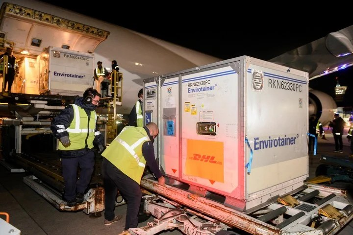 The DHL company also intervened in logistics to bring vaccines from abroad.