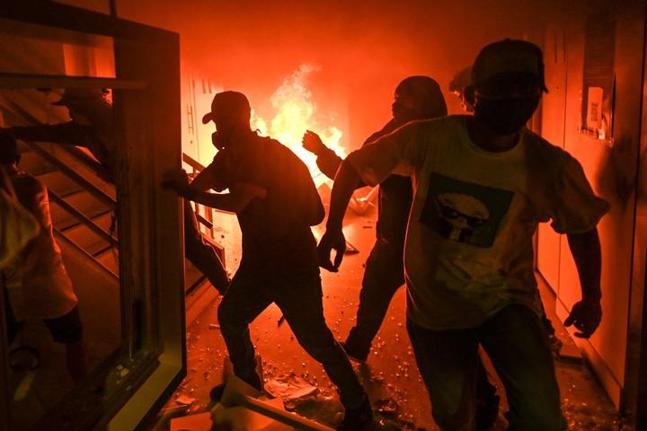Days of fury in Medellín.  Photo: AFP