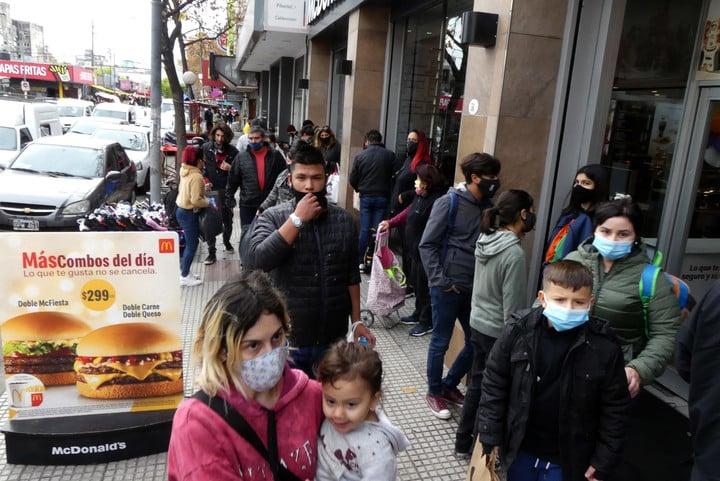 The movement was intense this Saturday in Morón.  Photo Enrique García Medina