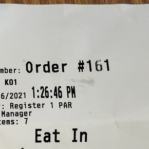 """""""Anger and confusion"""": they bought food and wrote a homophobic insult on the ticket"""