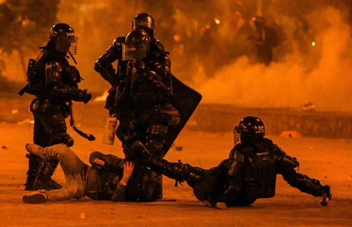 The police at the center of criticism.  AFP photo