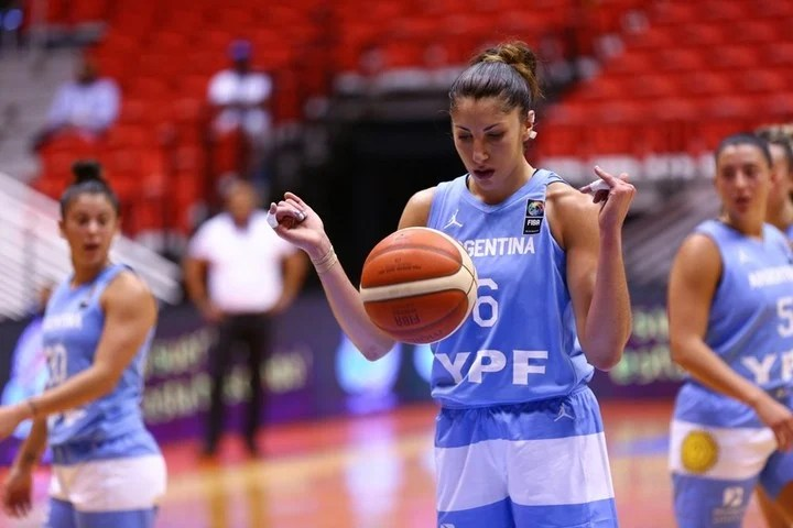 Victoria Llorente tested positive before the game that Argentina was supposed to play Venezuela on Sunday.  Photo Photo Press FIBA