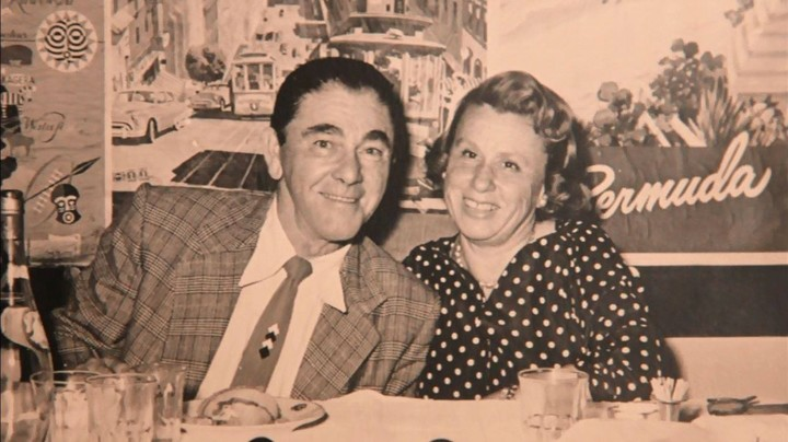Moe Howard with his wife Helen Schonberger, the cousin of the magician Harry Houdini.