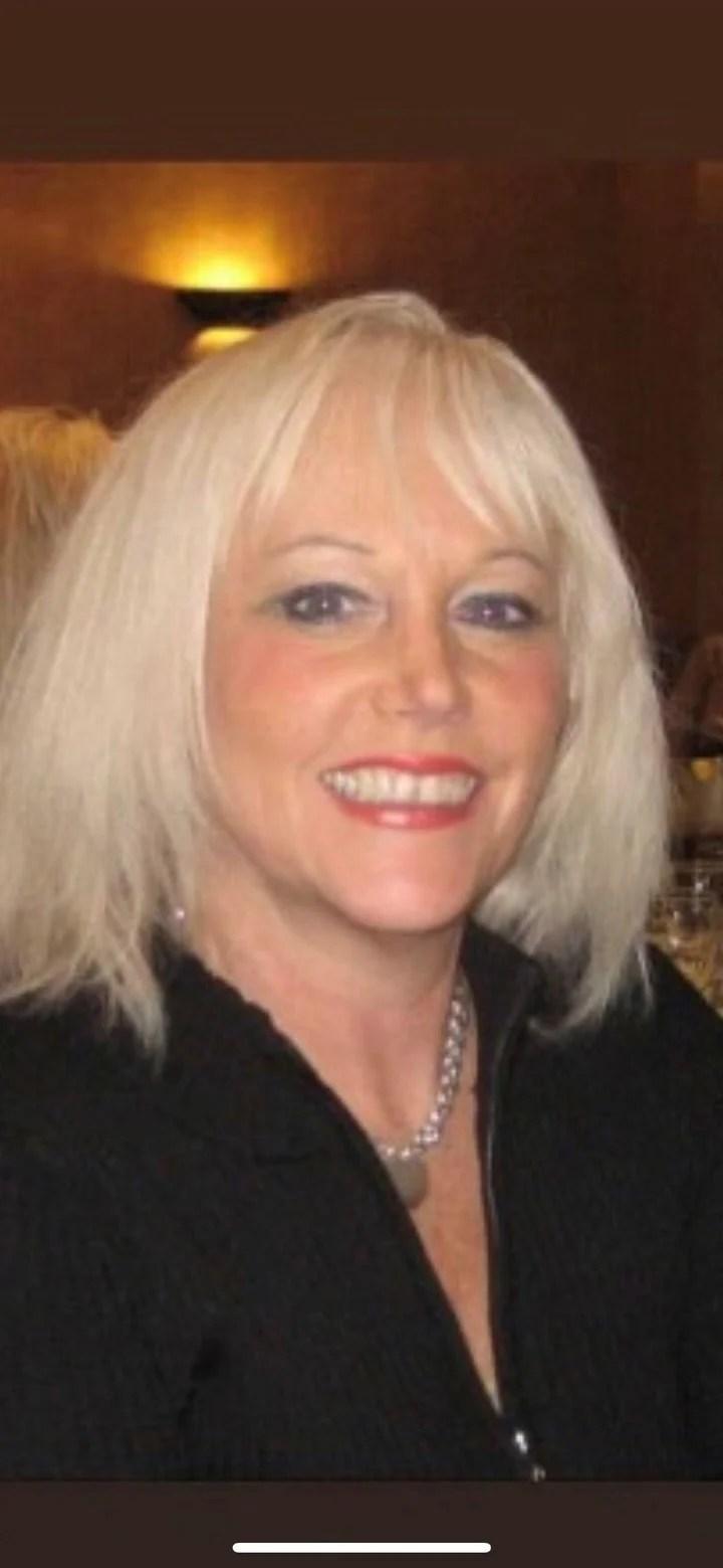 Elaine sabino