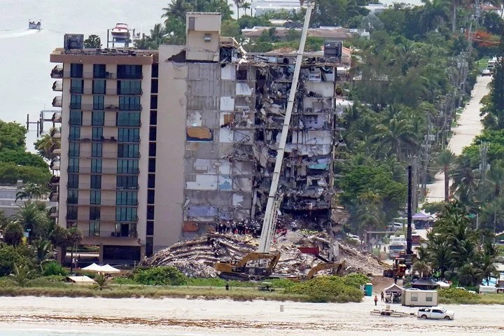 With every hour that passes there is less hope of finding survivors in the Miami tragedy.  (AP)
