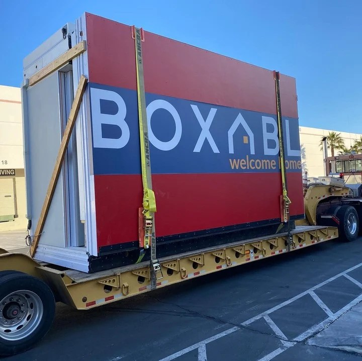 Boxabl's home arrives in a truck and can be inhabited immediately.