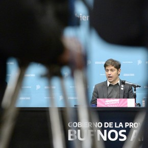 Kicillof announced free vaccination for those over 45 throughout the Province, and for those over 18 in 31 matches